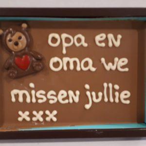 Chocolade brievenbuspakket met persoonlijke tekst