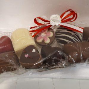 Moederdag bonbons in kunststof bakje – brievenbus (medium)